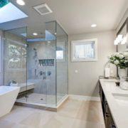 Je lepší zvolit vanu nebo sprchový kout?